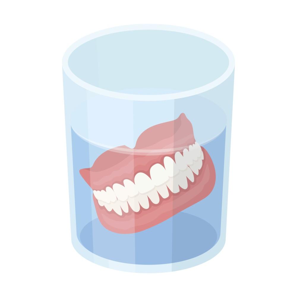 طاقم الاسنان المتحرك