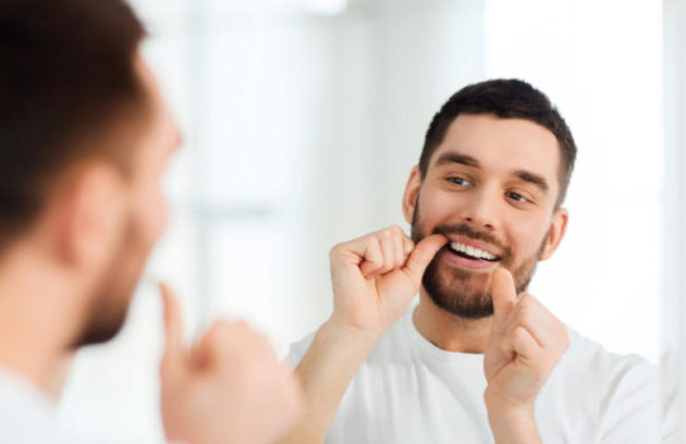 تنظيف الفم ما بعد زراعة الأسنان