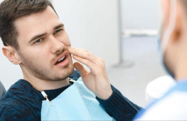 ألم زراعة الأسنان